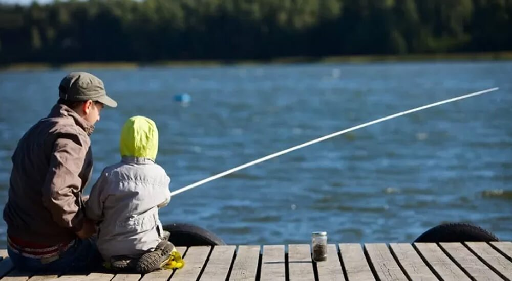 Fly Fishing Vs Regular Fishing: What Is The Ultimate Fishing Combo?